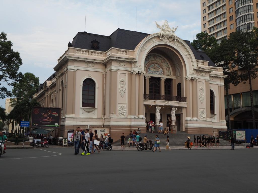 ホーチミンではサイゴンオペラハウスがお勧め!チケットの取り方や見学ツアーをご紹介!