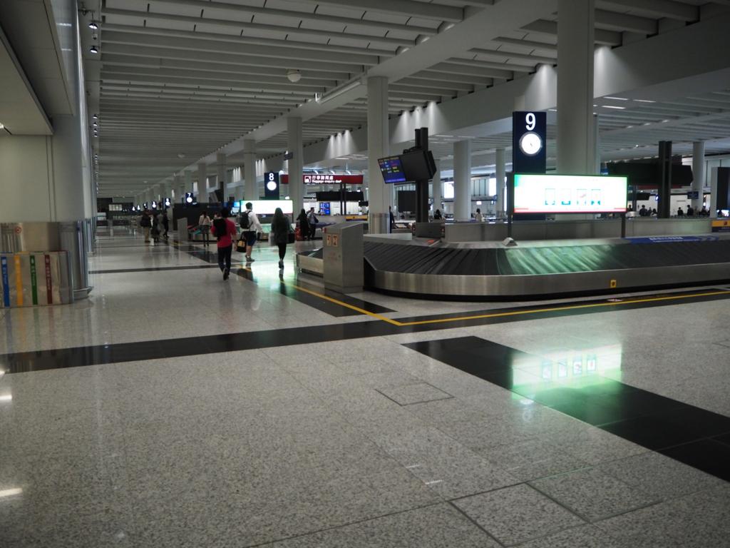 ツーリストSIMを香港国際空港で買うときはセブンイレブンが一番簡単!